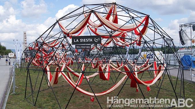 Hängematten Weltrekord Versuch von La Siesta in Mainz