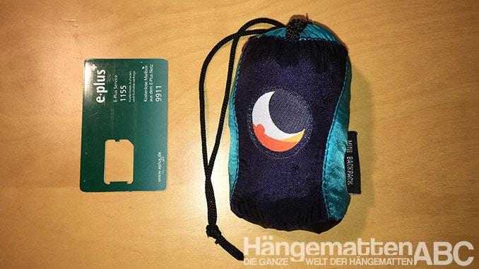Ticket to the Moon Mini Backpack Größenvergleich